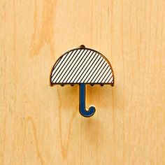 Image of Origami pin : Cloud, Umbrella