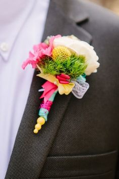 bright summer wedding boutonniere wrapped in ribbons Boutonnieres, Groomsmen Boutonniere, Groom And Groomsmen, Wedding Boutonniere, Wedding Corsages, Groom Suits, 2015 Wedding Trends, Wedding 2015, Wedding Groom