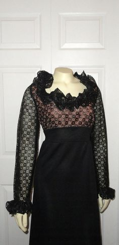 Vintage Dress Formal Evening Gown 60s Mad Men Sears Pink & Black Lace Ruffle Scoop Neck Empire Waist Size 16