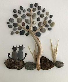 Pebble Stone, Pebble Art, Stone Art, Art Rupestre, Teachers Day Gifts, Glass Art Pictures, Block Craft, Stone Crafts, Cat Wall