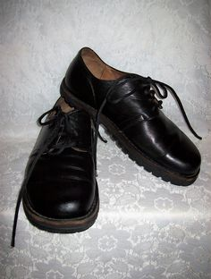 485d99db5fed5 Vintage Unisex Black Leather Oxfords by Waldviertler Size E 40 Only 40 USD