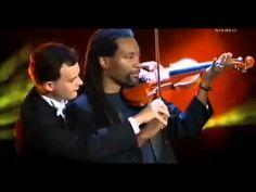 Bobby McFerrin & MozART Group-Fun with Eine Kleine Nacht Musik