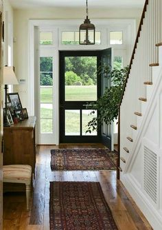 Farmhouse Foyer Ideas Entryway Staircases 60 Ideas For 2019 Traditional Front Doors, Foyer Decorating, Hall Design, Traditional House, Farmhouse Entryway, Entryway Decor, Farmhouse Foyer, Traditional Decor, Rustic Entryway