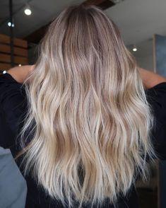 Balayage Straight Hair, Blonde Balayage Highlights, Hair Color Balayage, Blonde Color, Ombre Hair, Short Blonde Balayage Hair, Dirty Blonde Hair With Highlights, Babylights Blonde, Balayage Bob