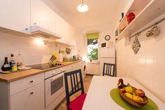 Helle Küche mit Essbereich. #Küche #Einrichtung #kitchen