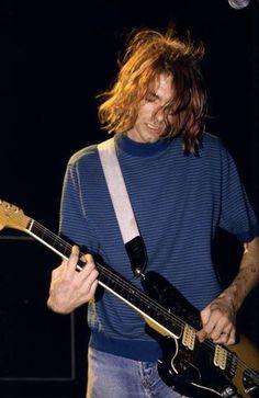 Mi novioooo! Menos mal que mi verdadero novio sabe mis sentimientos hacia Cobain :P jejejeje