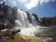 A Chapada dos Veadeiros é um dos locais de ecoturismo mais bonito do Brasil. O cenário de cachoeiras exuberantes e trilhas é lindo demais. Veja nosso post sobre esse incrível lugar: letsflyaway.com.br ------ Chapada dos Veadeiros is one of the most beautiful ecotourism sites in Brazil. The scenery of lush waterfalls and trails is so beautiful. See our post on this amazing place: letsflyaway.com.br ------ #chapadadosveadeiros #goias # brasil #bestvacations #igtravel #instatravel…