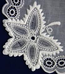 HÖVEJI CSIPKE - Hungary Drawn Thread, Thread Work, Needle Lace, Cutwork, Hungary, Folk Art, Brooch, Culture, Quilts