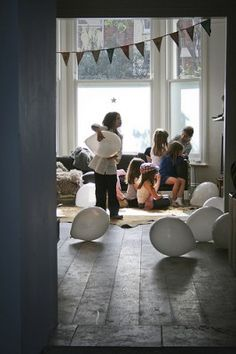 Bodie & Frou Guest Post on Poppytalk // Dispatches from France: Mila's Moustache Party Moustache Party, Mustache Birthday, Home Decoracion, White Balloons, Floating Balloons, Window Film, Childrens Party, Kid Spaces, Decoration