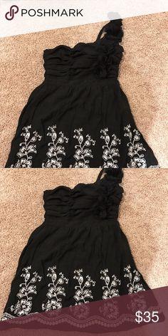 One shoulder black Do & Be dress Size Large Do & Be black, one shoulder dress. Never worn! NWOT. Shoulder strap has flower detail, bottom of dress has cream embroidery. Dresses One Shoulder