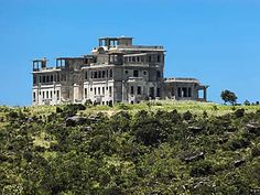Kampot, Palace Hotel, Hill Station, Abandoned Places, Cambodia, Mansions, House Styles, Dolphins, Wayfarer