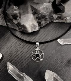 In darkness we stand  Sterling silver pentagram choker with pitch black onyx  . Starting to long for autumn; crisp air long dark evenings and candle lights   #pentagram #pentacle #sterlingsilver #silver #925silver #choker #pentagramchoker #onyx #crystals #alternative #occult #occultfashion #pagan