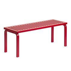 The Artek is a beautiful wooden bench designed by Alvar Aalto. Red Bench, Bench Designs, Alvar Aalto, Dream Apartment, Outdoor Furniture, Outdoor Decor, Tech Accessories, Ottoman, Interior Design