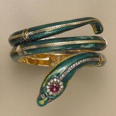 An enamel, gold and gem-set snake bangle bracelet Snake Bracelet, Snake Jewelry, Animal Jewelry, Diamond Jewelry, Bangle Bracelets, Bangles, Victorian Jewelry, Antique Jewelry, Vintage Jewelry