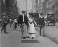 """Woman gets her dress blown up in """"What Happened on Twenty-third Street, New York City"""" - August, 1901 - (gif)"""