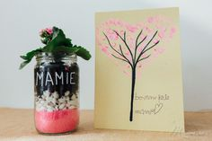 DIY en tout genre Archives - M comme. Glass Vase, Parental, Comme, Tessa, Decor, Father's Day, Gift Ideas, Handmade Gifts, Colored Sand