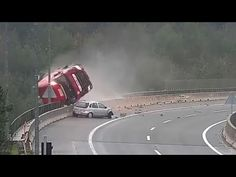 Frightening Accident Caught on Camera in Slovenia After Truck Falls Over Viaduct Trucks And Girls, Big Trucks, Funny Memes Images, Funny Pictures, Body Painting Soccer, Extremely Funny Memes, Cool Old Cars, Wow Video, Abandoned Ships