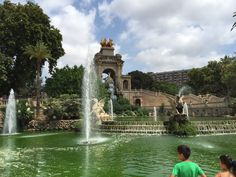 Do you need to relax and breathe in some fresh air during your visit to Barcelona?   Then welcome to the Ciutadella Park!  ;)   http://touringsolo.com/index.php/2015/11/30/parc-de-la-ciutadella-enjoy-one-of-the-largest-green-areas-of-the-city/  #barcelona #ciutadella #gaudi #TravellingAlone #TouringSolo #SoloTravellers