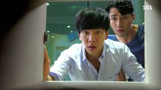 You're All Surrounded: Episode 18 Korean Dramas, Korean Actors, You're All Surrounded, Drama Memes, Lee Seung Gi, Last Episode, Waiting For Her, Jyj, Best Shows Ever
