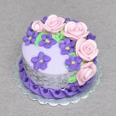 1:12  Polymer clay dolls house food dollhouse miniature cake pink roses on lavender cake.