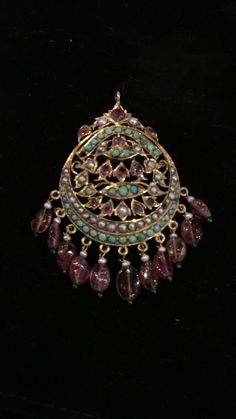 Where Sell Gold Jewelry Antique Jewellery Designs, Gold Earrings Designs, Gold Jewellery Design, Victorian Jewelry, Tika Jewelry, Indian Jewelry, Jewelery, Gold Jewelry, Ethnic Jewelry