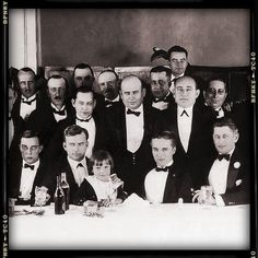 Inaugural meeting of Ind.Screen Actor's Guild at Ambassador Dec,1921 with Buster, Thomas Ince, Jackie Coogan and Chaplin