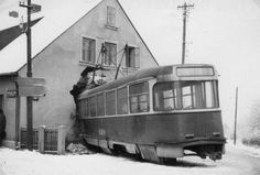Crash from Liberec in 1968 Tramway, Praha, Old Paintings, Bratislava, More Pictures, Locomotive, Buses, Netherlands, Transportation