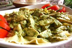 Creamy pesto garlic sauce