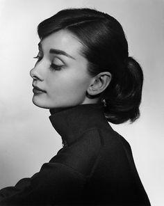 Yousuf Karsh: Audrey Hepburn, 1956