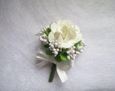 Ivory Paper Flower Corsage / Boutonniere, Wedding Corsage, Wedding Boutonniere, Pip Berries Corsage