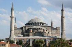 Hagia Sophia oftewel 'Aya Sofya', was vroeger een moskee maar is sinds 1935 veranderd in een museum
