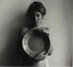 Francesca Woodman, Woman with Plate, Roma, gelatin silver print, collection of James Baker. Self Portrait Photography, Moon Photography, Figure Photography, Monochrome Photography, Black And White Photography, The Woodman, Francesca Woodman, Robert Mapplethorpe, Gelatin Silver Print