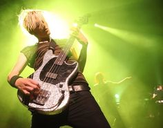 Mikey way's (my chemical romance) squier mustang bass