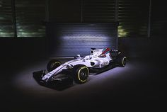 After the preview of the Williams last week they now have officialy released the FW40. 40th Annibersary | F1 2017