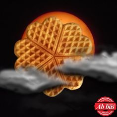 Güneş tutulması, tatlı sürprizlerin habercisi! Waffle'ınızdan sürpriz tatlar çıkabilir!