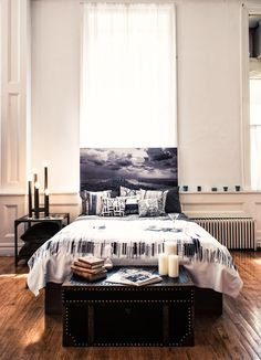 Nigel Barker designed this gorgeous bedroom with black & white photos - right from the head board (Canvas print) to the personalized pillows and matching service | Shutterfly.com #SFLYbydesign