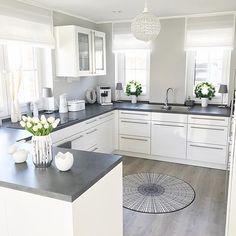 White and grey kitchen ? White and grey kitchen ? Grey Kitchen Designs, Interior Design Kitchen, Home Decor Kitchen, Kitchen Furniture, Kitchen Ideas, Diy Furniture, Diy Kitchen, Decorating Kitchen, Home Design