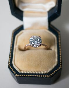 An elegant bespoke 2 carat Solitaire engagement ring, by S. Kind