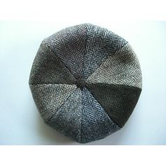 Traditional 8-Piece tweed cap made in England using fine quality Harris Tweed. Available in a mixed tweed pattern; The cap you receive may be a different mix of 8 Harris Tweed colour segments.