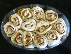 My mom's Canadian Prairie Homemade Cinnamon Buns are famous in our family, our neighbourhood and home town: step by step images included. Cinnamon Bun Recipe, Apple Cinnamon Bread, Cinnamon Rolls, Banana Bread, Donut Recipes, Baking Recipes, Amish Recipes, Breakfast Recipes, Dessert Recipes