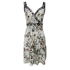 Eu curto e você ?   Vestido de malha cinza sem mangas com decote V  encontre aqui  http://ift.tt/2arr2N6 #comprinhas #modafeminina #modafashion #tendencia #modaonline #moda #fashion #shop #imaginariodamulher