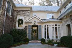 Four Beautiful Homes: the Peachtree Garden Club Christmas Home Tour