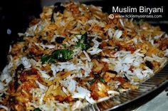 Tickle My Senses: Eid Mubarak and A Delicious Muslim Biryani Recipe! Meat Rice Recipe, Savoury Rice Recipe, Savory Rice, Rice Recipes, Indian Food Recipes, Chicken Recipes, Cooking Recipes, Eid Food, Biryani Recipe
