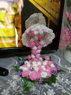 Pembe çiçekli Fincan şelalesi. Fiyatı: 35 TL