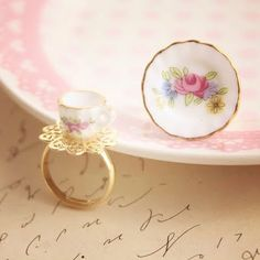 So cute.. Tea cup ring and saucer