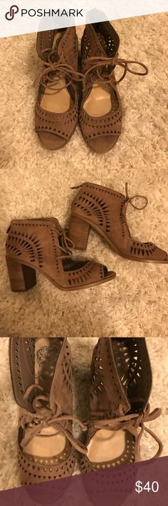 Vince Camuto Open Toe Wedges Worn twice. Great quality and style of shoe! Vince Camuto Shoes Wedges