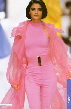 Helena Christensen for Claude Montana 1992. #90s #runway #supers