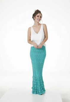 Saia Charme Tiffany • Círculo S/A Tiffany, Ideias Fashion, Formal Dresses, Petite Palazzo Pants, Crochet Dresses, Crochet Stitches, Crocheting Patterns, Crochet Clothes, Amigurumi
