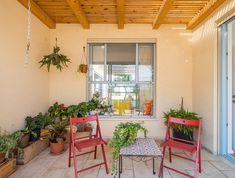 בית בעמק חפר, עיצוב אלונה סידי נבו - 11 (צילום: איתי סיקולסקי) Garden Trellis, Home Goods, House Plans, Design Inspiration, House Design, How To Plan, Living Room, Architecture, Nice
