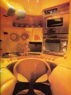 23 Ideas Vintage Interior Design Retro Space Age For 2019 Spaceship Interior, Futuristic Interior, Retro Interior Design, Retro Design, Colani Design, Ard Buffet, 70s Decor, Art Nouveau, Art Deco